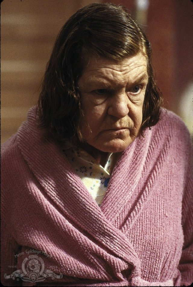 Anne Ramsey as Momma